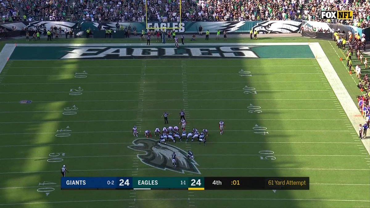 61 yards. An #Eagles franchise record. What a moment for Jake Elliott! #FlyEaglesFly https://t.co/F4qp10FMs1