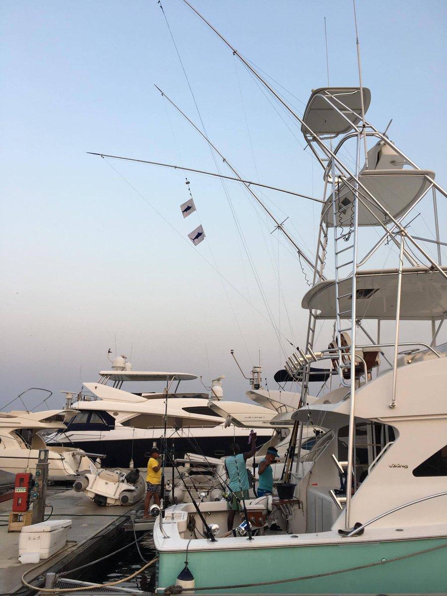 Luanda, Angola - Tudo Fish went 2-2 on Blue Marlin (700,600).