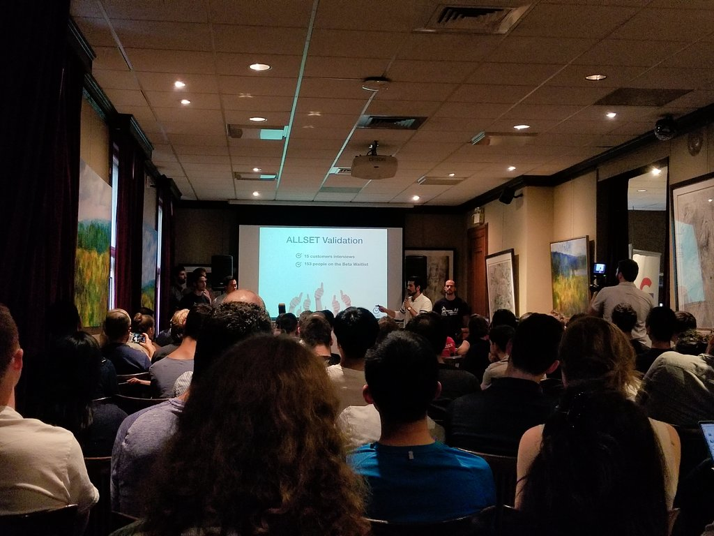 Great pitches so far at the @StartupWeekend AI edition in #Montreal <br>http://pic.twitter.com/LqvuH9vQH5 &ndash; at Thomson House