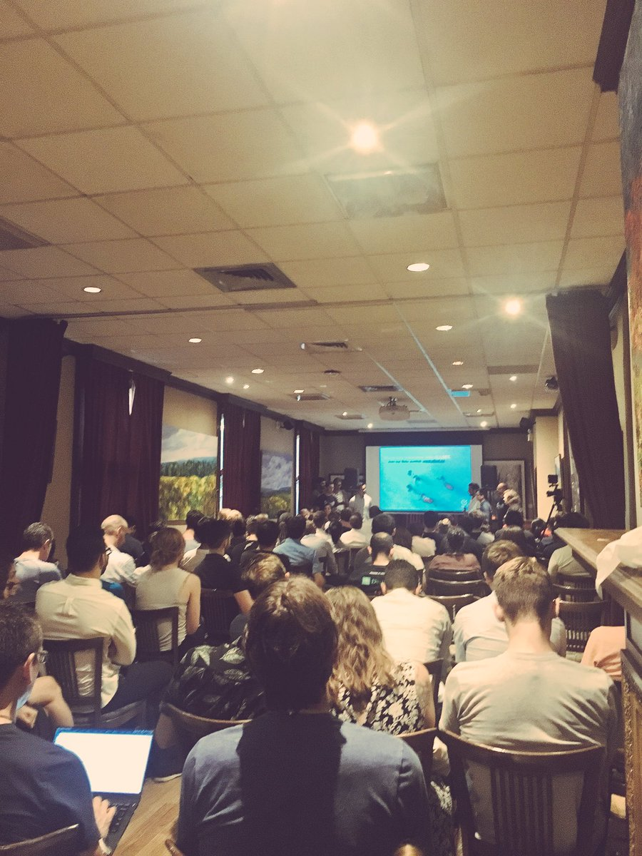 Packed room at #StartupWeekend #Montreal #AI demo day w/ great judges @Sophiebspark @SergiusEscobar @angemannella<br>http://pic.twitter.com/MZhLUBOOTC &ndash; at McGill University