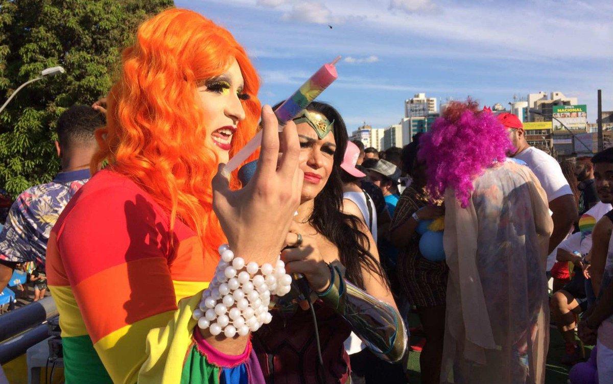 Parada LGBTI em Taguatinga, no DF, tem protestos contra 'cura gay'  https://t.co/knWYePPinc #G1