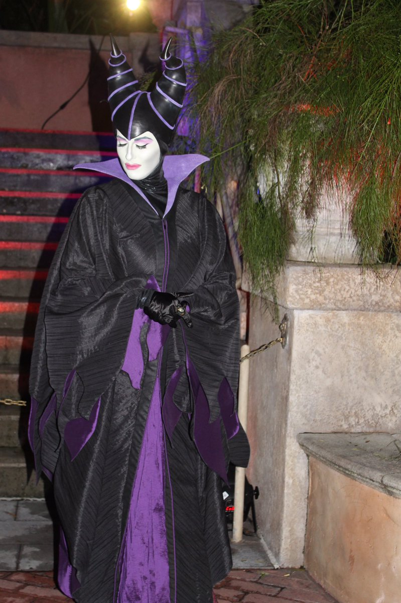 Disneycharacterguide on twitter the mistress of all evil disneycharacterguide on twitter the mistress of all evil maleficent appeared at the spooky days at the park at tower of terror disneyworld m4hsunfo