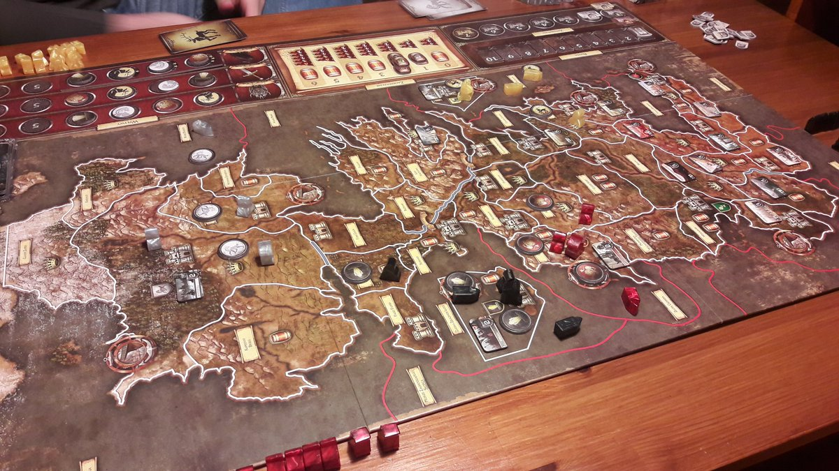 #boardgames with friends. Thats a good Sunday. #GameofThrones    <br>http://pic.twitter.com/A6bTjsnmPr