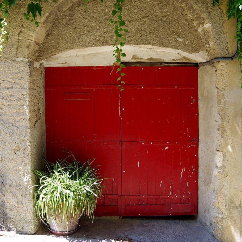 木調扉 HAND CARVED DOOR