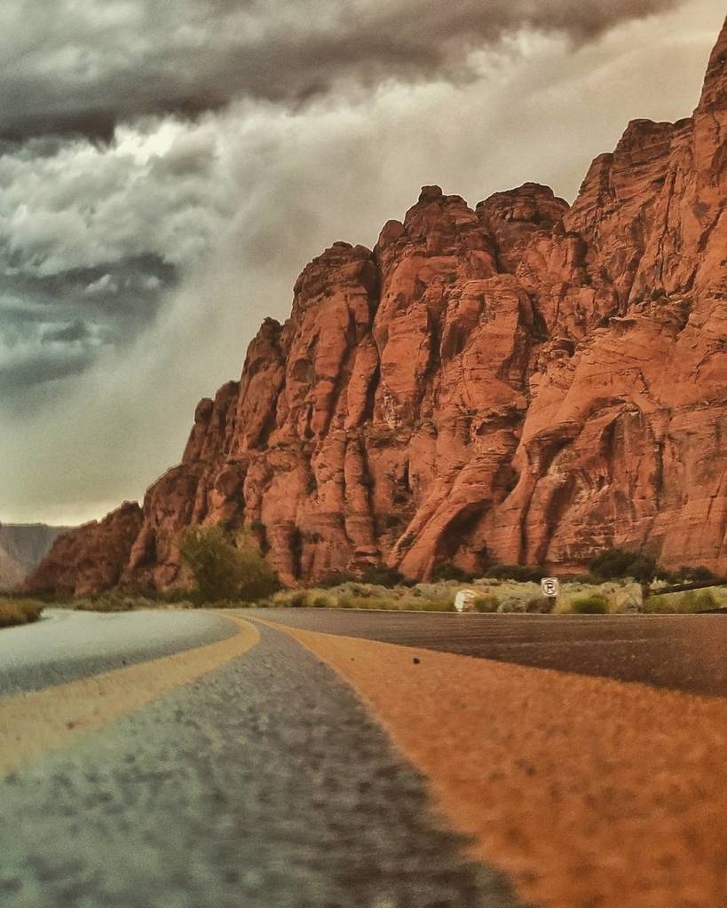 Storm in Snow Canyon #snowcanyon #stgeorge #road #redrocks #summer #flashback<br>http://pic.twitter.com/knoarou7nD