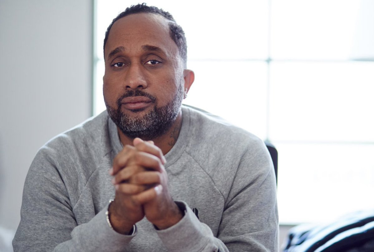 #HBCUs produce #blackexcellence like #KenyaBarris writer-prod of #Emmy  nominated #blackish  who&#39;s a #CAU #Alumni #UMC4HBCUs #Back2School <br>http://pic.twitter.com/lCpE9OYJ0Y