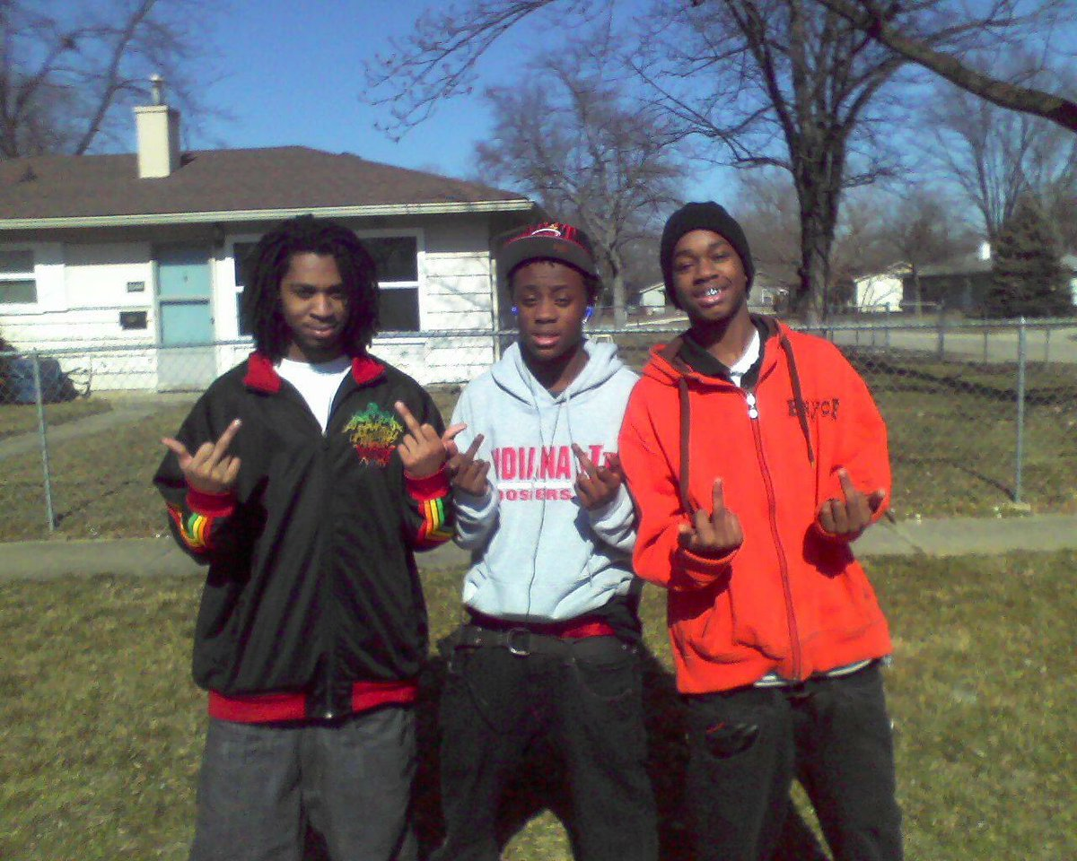 Damn nigga look at us back then  young niggas was all the way out there #rightorwrong I'm riding <br>http://pic.twitter.com/XFNryMQngT