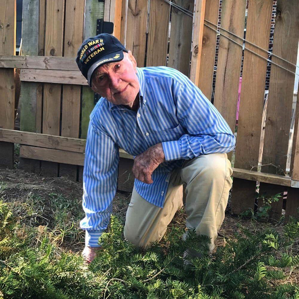My grandpa is a 97y/o #WWII #vet.. wanted 2 join w/ those who #TakeaKnee: &quot;those kids have every right to protest.&quot; v @brennanmgilmore (MT)<br>http://pic.twitter.com/tM2oFWnW0m