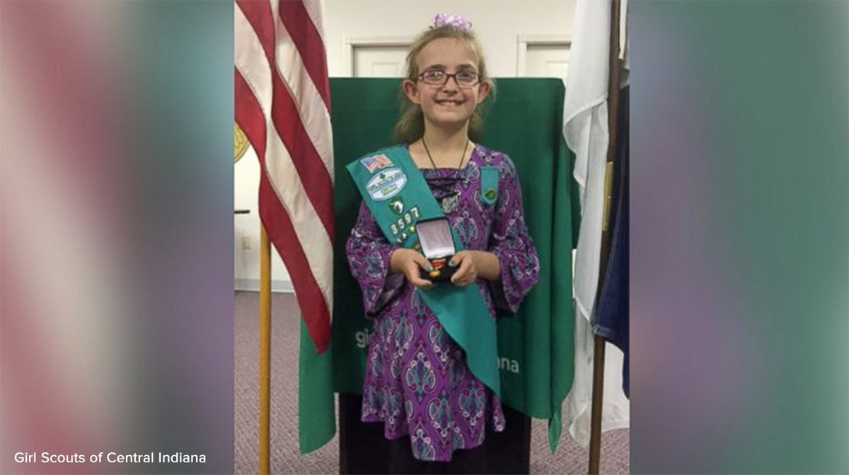 9-year-old Girl Scout honored for saving mom from overturned car. 'She said, 'Mommy I'm right here. Come to me.'' https://t.co/s53oAzljkB