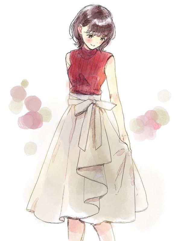 今年この形のスカートよく見かける、華やかで可愛い