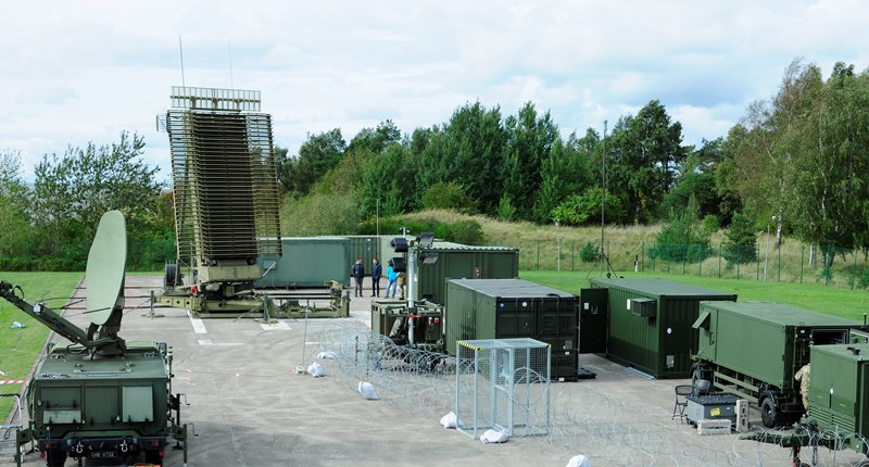 @ItalianAirForce TPS-77 radar element deployed in  used as sensor for #NATO's deployed air surveillance&amp;control  http:// ow.ly/dYU030fozEr  &nbsp;  <br>http://pic.twitter.com/8pQVoDfLNs