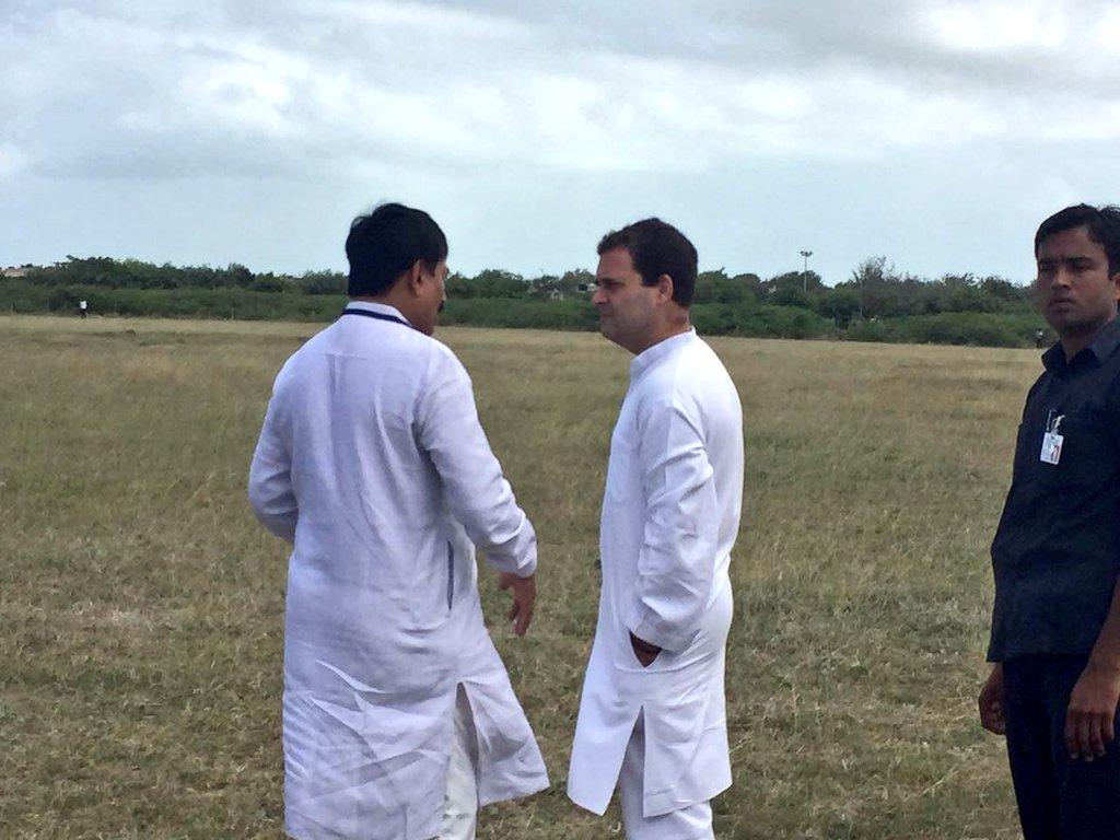 Welcoming Congress VP Shri Rahul Gandhi ji at Mithapur Airfield. #Rahu...