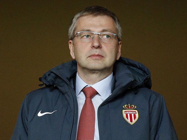 #Russia|n billionaire Rybolovlev reportedly declared persona non grata in #Monaco due to bribery allegations:   http:// classic.newsru.com/sport/25sep201 7/mona.html &nbsp; … <br>http://pic.twitter.com/l39v4bSIbJ