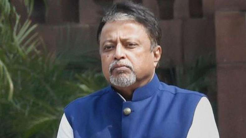 JUST IN| #MukulRoy suspended from #TMC for 6 years. He had earlier announced that he would be resigning from the party: ANI <br>http://pic.twitter.com/zmHd9UHawP