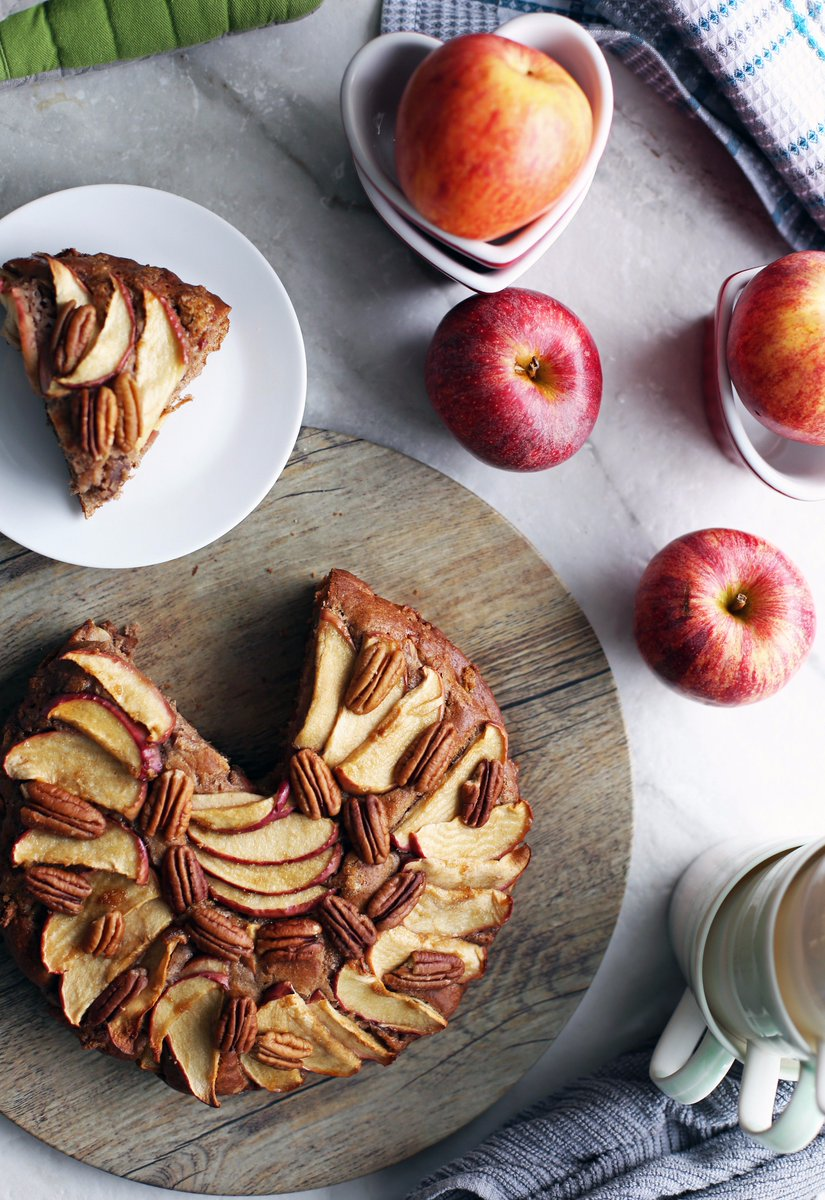 A lovely fall dessert!  Check out this delicious and easy RUSTIC APPLE CINNAMON PECAN CAKE . #dessert #recipe:  https://www. yayforfood.com/recipes/rustic -apple-cinnamon-pecan-cake &nbsp; … <br>http://pic.twitter.com/iLpEBXAsno