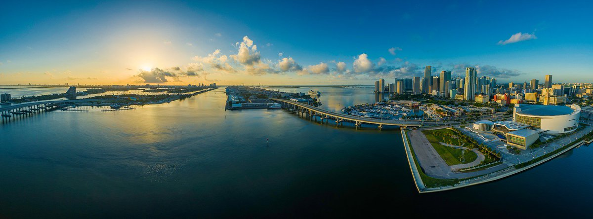 If you live in Florida &amp; you follow back: Retweet or Like for Follow Back #Miami #IFB #FOLLOWFORFOLLOW #FollowBack #The305 #Dade #Mia<br>http://pic.twitter.com/u80LDzLG3A