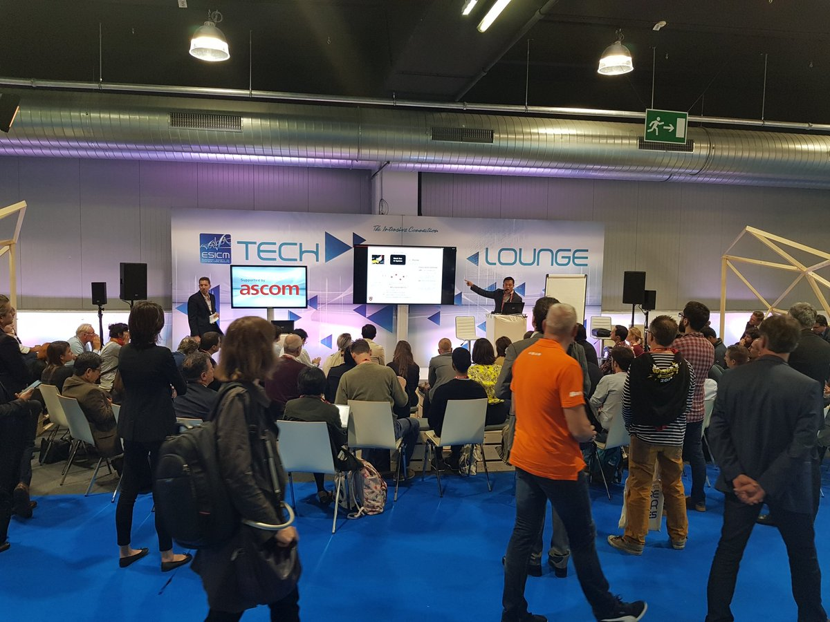 The Tech Lounge at #LIVES2017 is a popular place https://t.co/pdknAOYu...