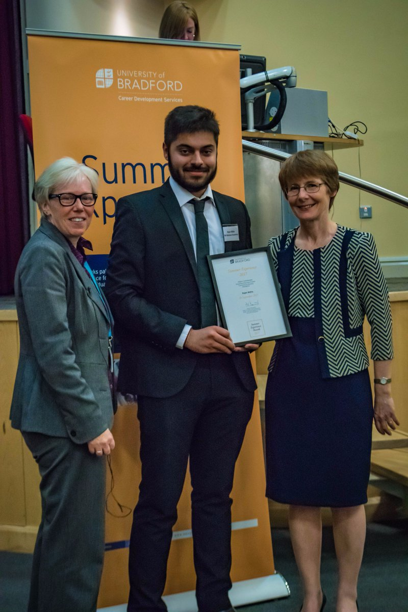 The official photo is here - well done Rajan #intern #award @UniofBradford<br>http://pic.twitter.com/CVhP2lCYXS
