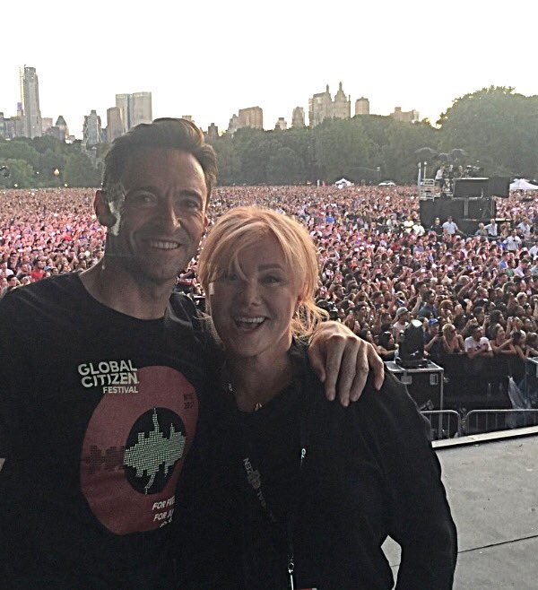 My love @Deborra_lee ....and just a few thousand of our @GlblCtzn friends. https://t.co/i33d3BROQH