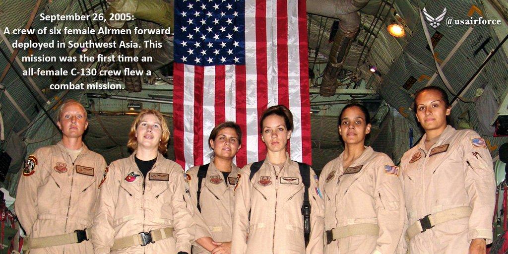 �ล�าร���หารู�ภา�สำหรั� All-Female C-130 Crew