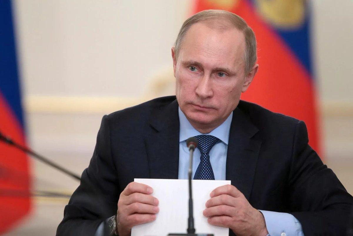 Путин уволил губернатора Самарской области Меркушкина: https://t.co/VP...