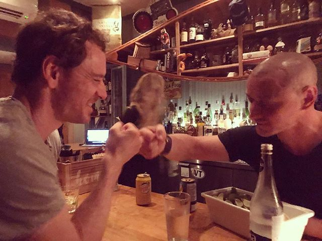 NEW From director #SimonKinberg&#39;s IG: &quot;Brothers in arms&quot; AWWW!  #MichaelFassbender #JamesMcAvoy #Xmen #XMenDarkPhoenix<br>http://pic.twitter.com/gricSm7utz