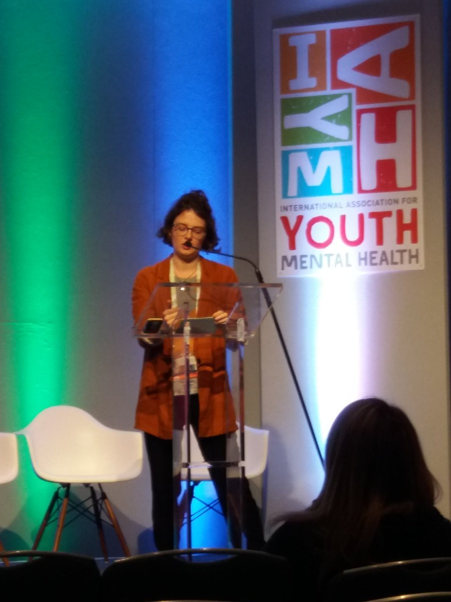 Rachel from @StudentMindsOrg  highlighting the potential to support #YouthMentalHealth in #university halls of residence #IAYMH2017 @iaymh<br>http://pic.twitter.com/yYaPdXWGVd