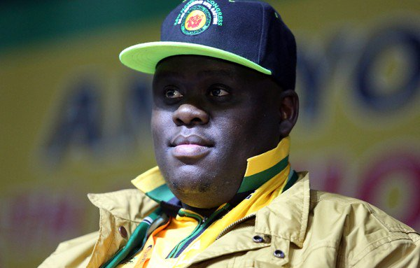 #ANC is not your RDP so says #BekiCele #Esikhaweni<br>http://pic.twitter.com/LxW1D0jQdu