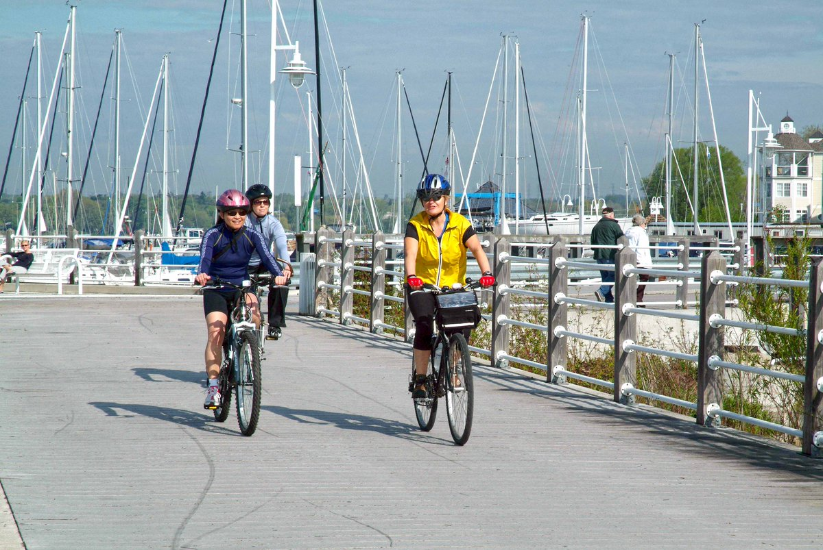 #DurhamCycleTours: Looking for both picturesque rural and waterfront views? Check out the #Pickering/#Ajax Loop.  http:// bit.ly/2mHTtJF  &nbsp;  <br>http://pic.twitter.com/zyHvOaV2ZH