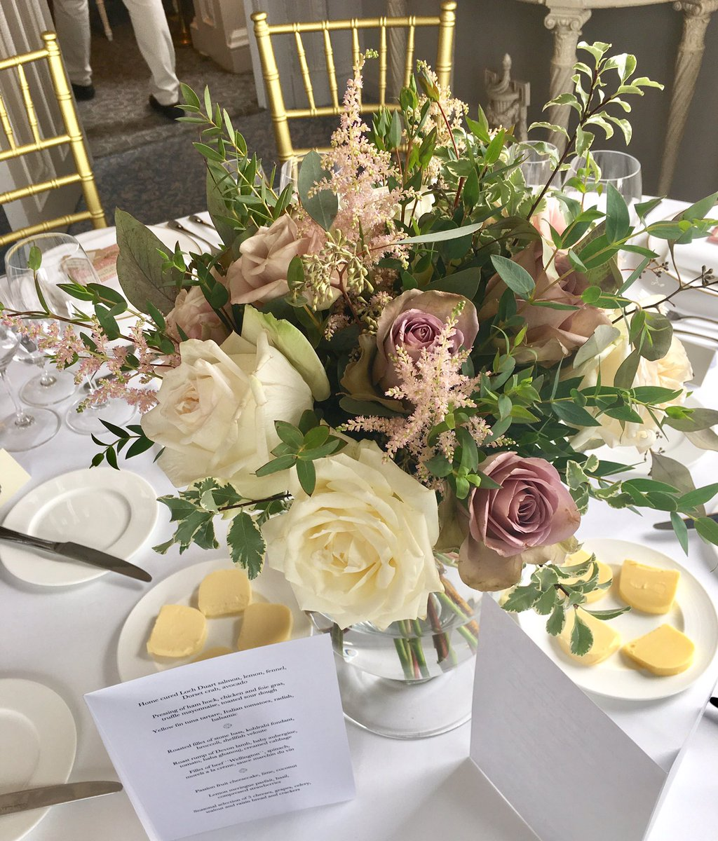Loved making these flowers for a birthday lunch @Cliveden_House #flowerpower #HappyBirthday #roses #astilbe  https://www. theonlinesecretgarden.com / &nbsp;  <br>http://pic.twitter.com/C9jK2372aN