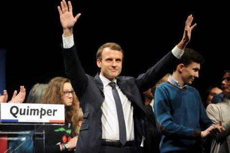 Même dans ses places fortes, l'impopularité d'Emmanuel Macron grandit https://t.co/PNEXt01LFB #ordonnances #APL #emploisaidés