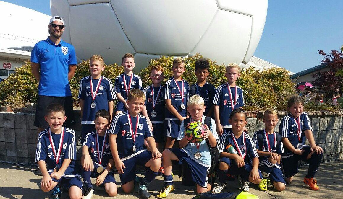 Congratulations to @croatiajuniors 08 boys for their @ErieAdmirals #EliteChallengeCup #Finalist finish! Great work boys!  #hardworkpaysoff <br>http://pic.twitter.com/iCz4iiitW2