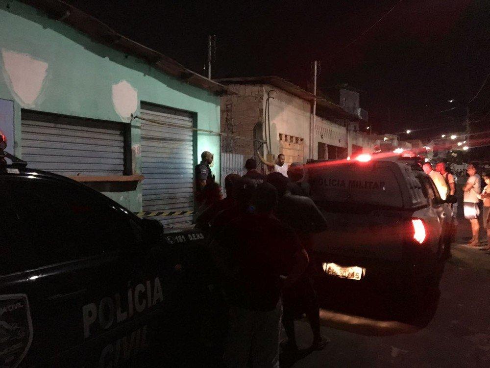 23 de agosto, 22h: Ex-presidiário é morto a tiros em Manaus: https://t.co/Kb055BcfQ3 #monitordaviolencia #G1