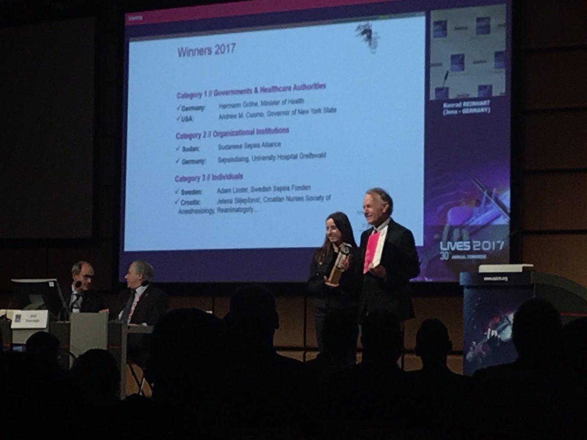 #GSA Award 2017  Great job! Congratulations!  @ESICM #LIVES2017 @World...