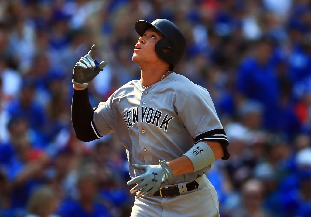 Aaron Judge breaks the rookie record with his 50th HR of the season ht...
