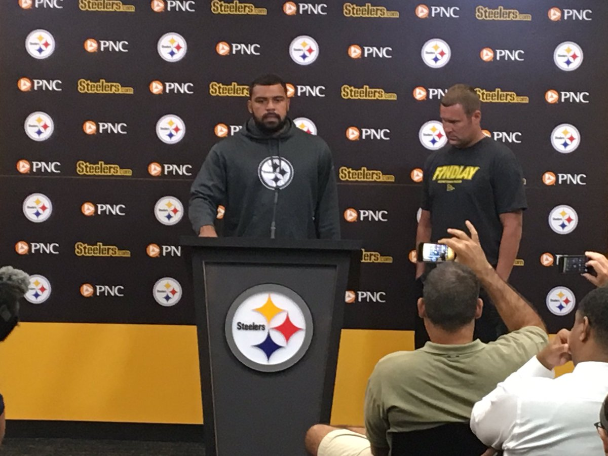 90c27237e  Steelers captains Ben Roethlisberger and Cam Heyward discuss National  Anthem protest and decision to stay in locker room.   WPXIpic.twitter.com lbOu6paNDm