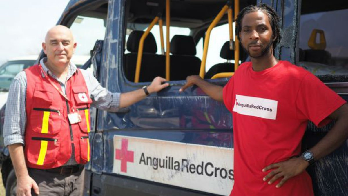 Kenny is one of many Red Cross aid workers in #Anguilla now helping the island to recover after Hurricane #Irma.  http:// bit.ly/2xrd6zd  &nbsp;  <br>http://pic.twitter.com/ZfytpbXKZ0