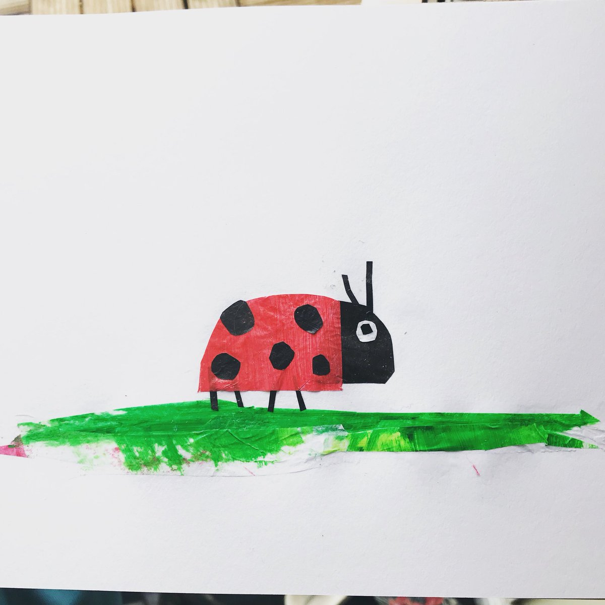 Still experimenting with this but so far I'm loving this technique! #shapes #ladybug #Illustrator #collage #cutandpaste <br>http://pic.twitter.com/AMSBxx1HZp