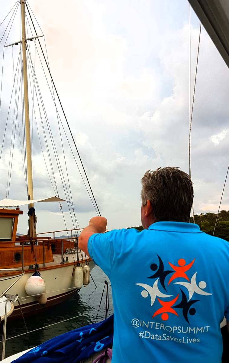 Occasionally, #datasaveslives people go sailing and take a rest from @GreatNorthCare &amp; @InteropSummit . @DrAmirMehrkar @CHCNorth<br>http://pic.twitter.com/PmeMRKfnLV