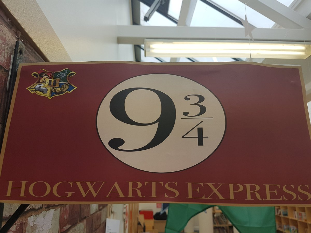 It&#39;s off on the Hogwarts Express this week for Year 3. Where is Platform 9 3/4?! #year3 #harrypotter20 <br>http://pic.twitter.com/eIO5Z6rF9s