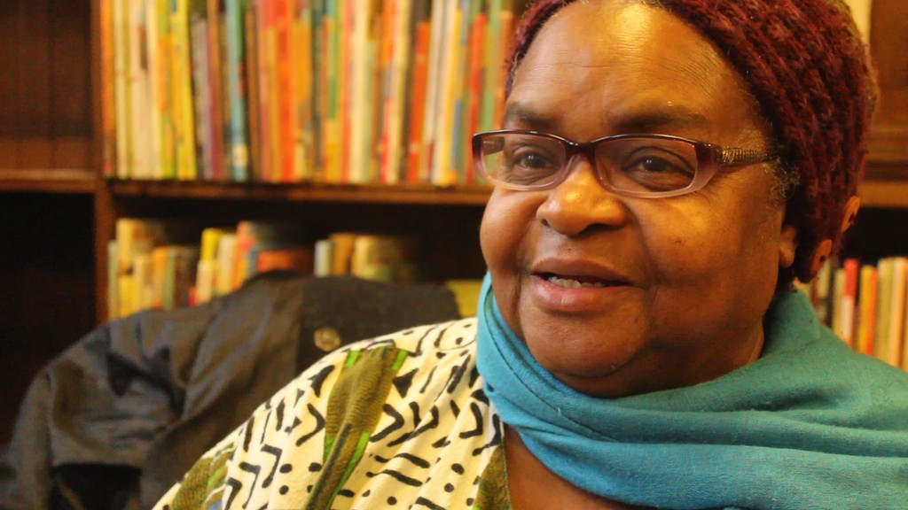 Nothando Zulu, storyteller in #MPLS, told us Underground Railroad stories and told us Black neighborhoods are cut off from the river <br>http://pic.twitter.com/nPYFzrB6k6