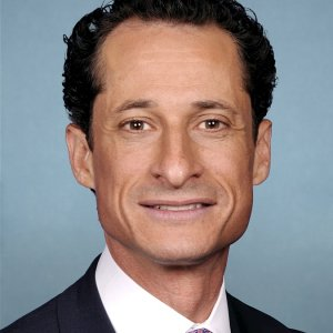 Anthony Weiner Is Sentenced To 21 Months In Prison For Sexting - NPR #Anthony Weiner #news  http:// ift.tt/2yo20HP  &nbsp;    http:// ift.tt/2wh0IjN  &nbsp;  <br>http://pic.twitter.com/50aGg0NNS6