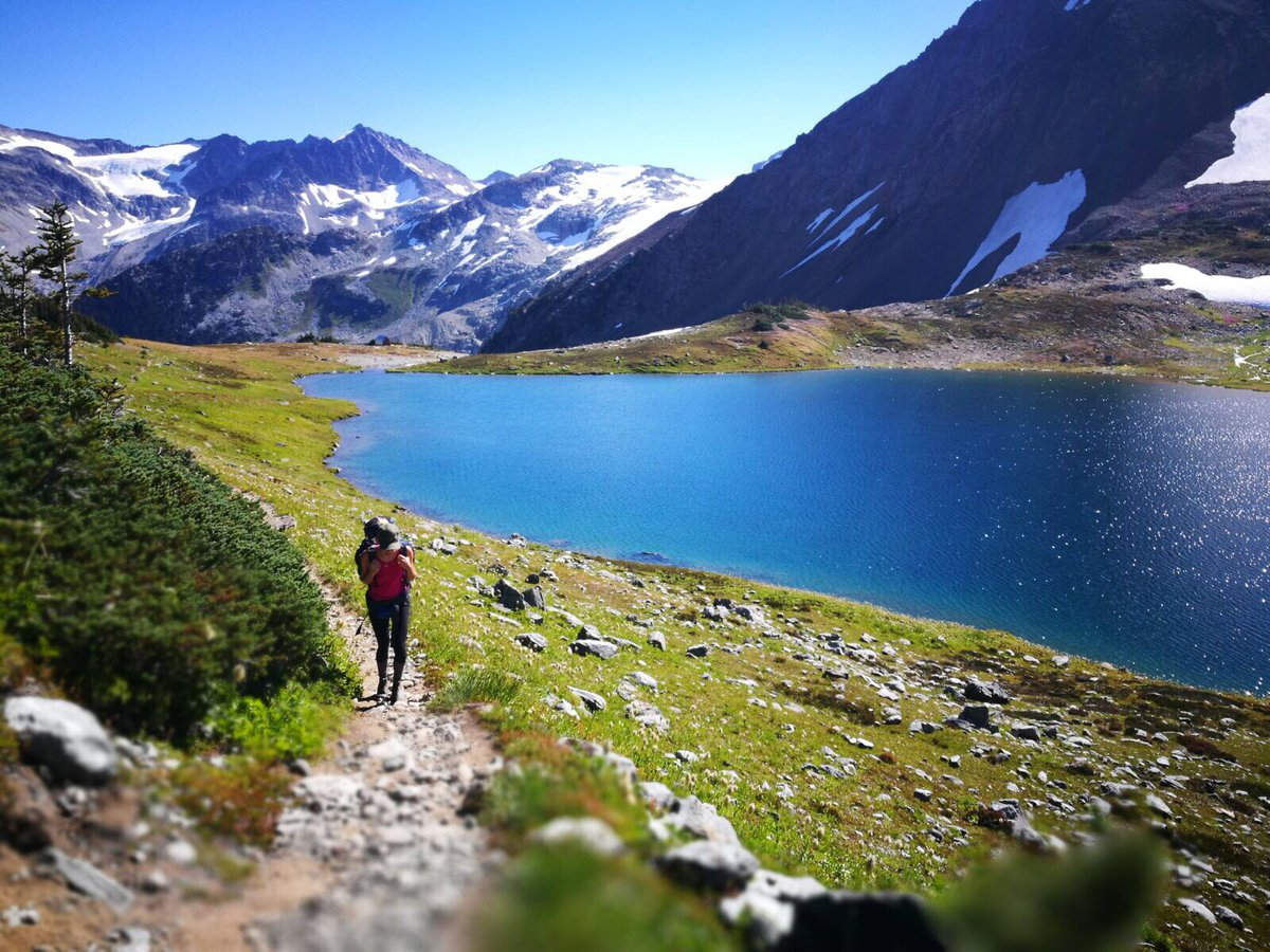 A1: Happy #MondayFunday We&#39;d definitely have a national go hiking day  #FunTravelChat #Fun #Travel #Hiking <br>http://pic.twitter.com/IXGzdGTu2Z