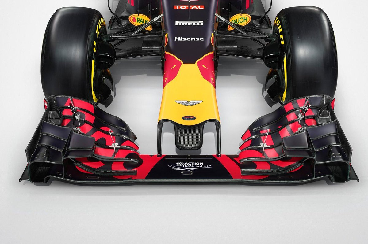 Aston Martin and Red Bull Racing to create 110 #engineering jobs with new Advanced Performance Centre  http:// bit.ly/2xsxTCg  &nbsp;   #motorhour<br>http://pic.twitter.com/SS4akXgd56