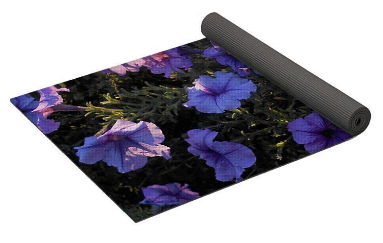Popular Floral on New #FineArtAmerica product * Yoga Mat w/carrying case  https:// buff.ly/2hqGPOK  &nbsp;   #fitness #flowers<br>http://pic.twitter.com/39pqu9Cm7g