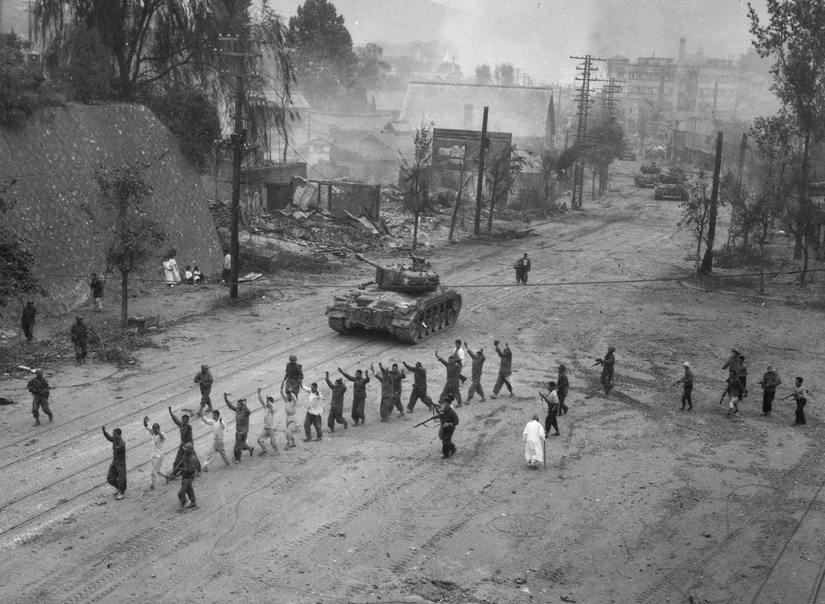#OnThisDay 1950: #UnitedNations forces recapture #Seoul in the 2nd Battle of Seoul, #KoreanWar. #History #DPRK #Korea #NorthKorea #UN #OTD <br>http://pic.twitter.com/9mr9BN9bat