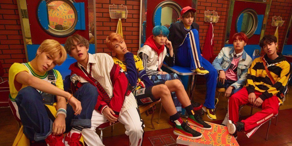 #BTSHOT100 #BTS achieve their goal to enter Billboard's 'Hot 100' with 'DNA'! https://t.co/XfdNx8Ue0L