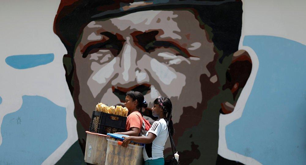 Venezüella'dan ABD'ye tepki: Seyahat kıs...