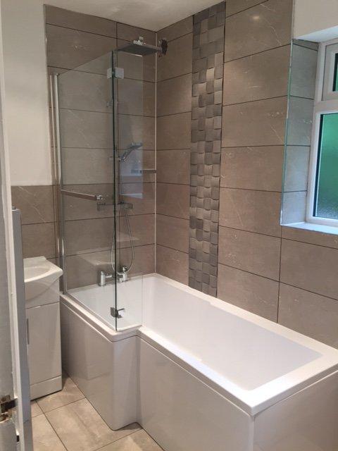 Looking for a bathroom refurb?  #KPRS #sheffieldissuper #barnsleyisbrill #yorkishirehour #bizitalk #yorkshireis #home #renovate<br>http://pic.twitter.com/dxHcnJPTOx