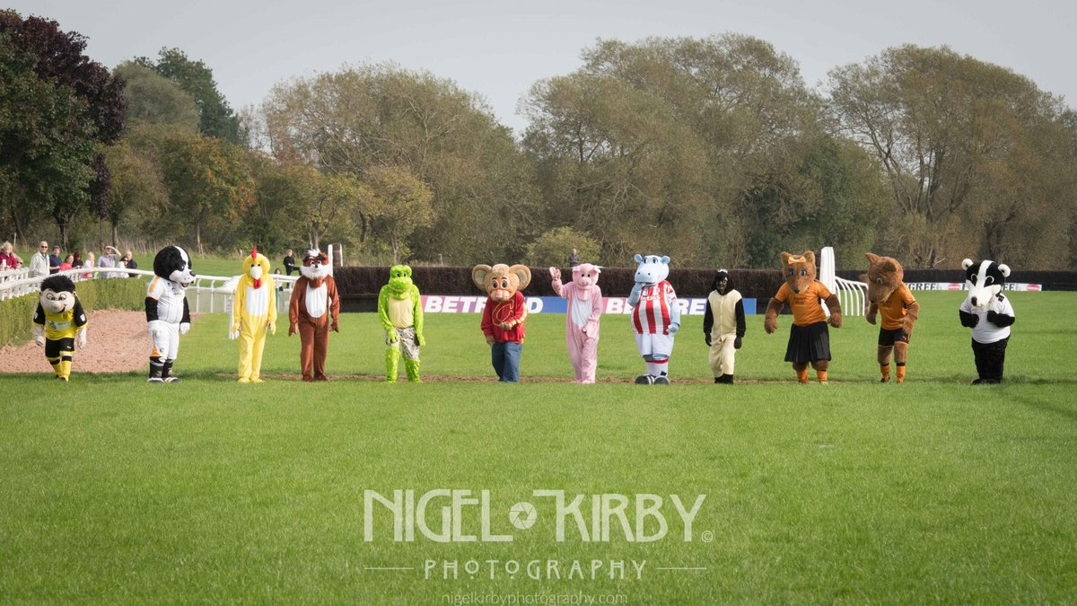 @MBaggers37 Not the best of weekends for the Potters - Mascot Race at...